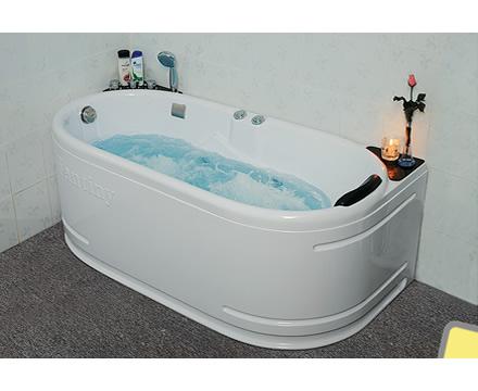 Bồn tắm massage Fantiny giá rẻ