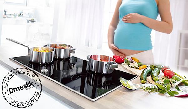 bếp từ có ảnh hưởng đến thai nhi không